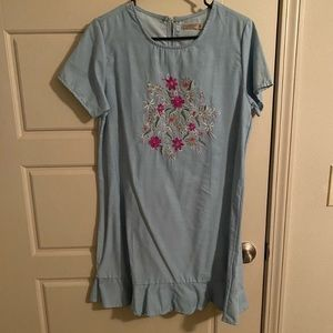 Anandas • Lightweight Chambray Floral Dress Tunic
